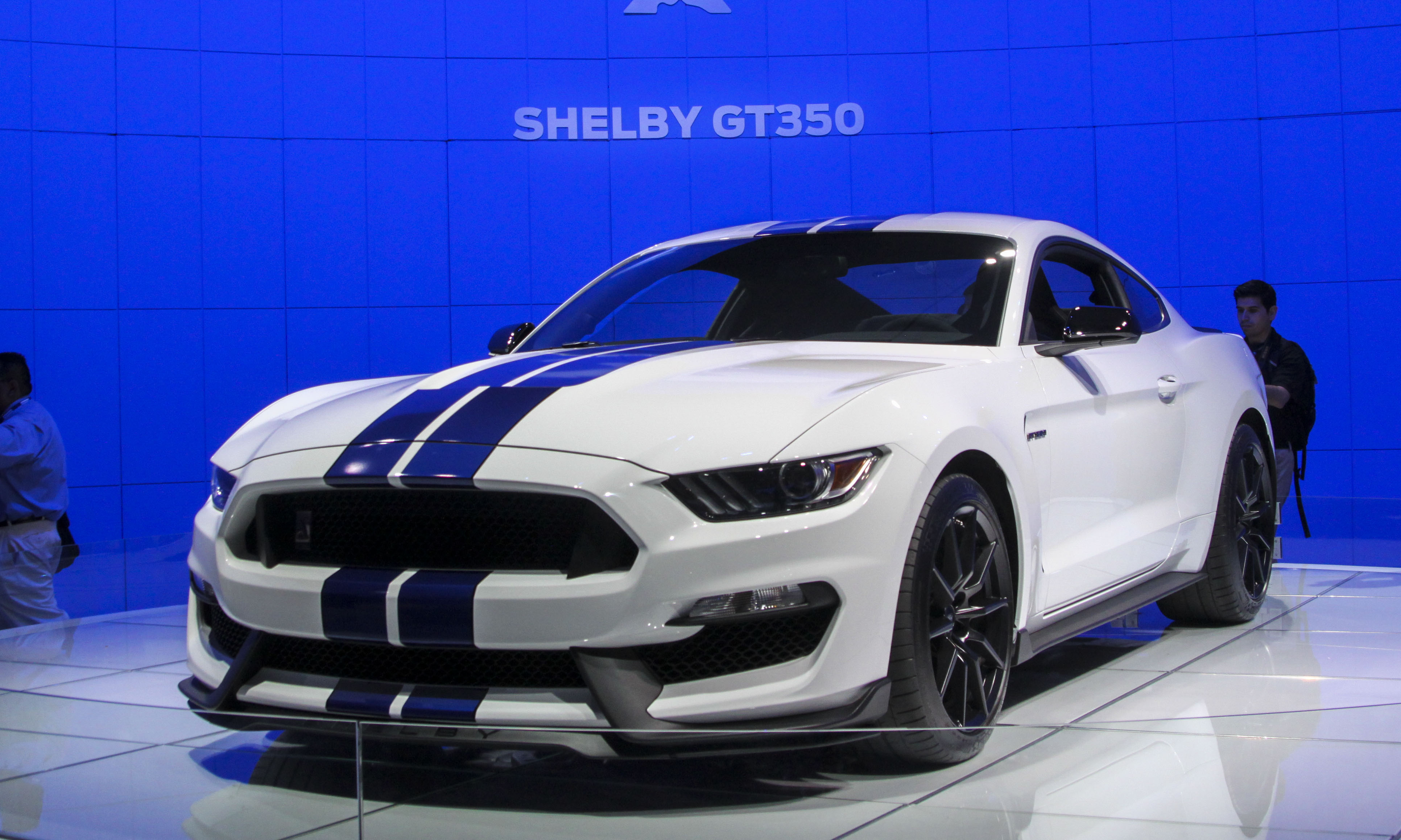 Ford_Shelby_GT350