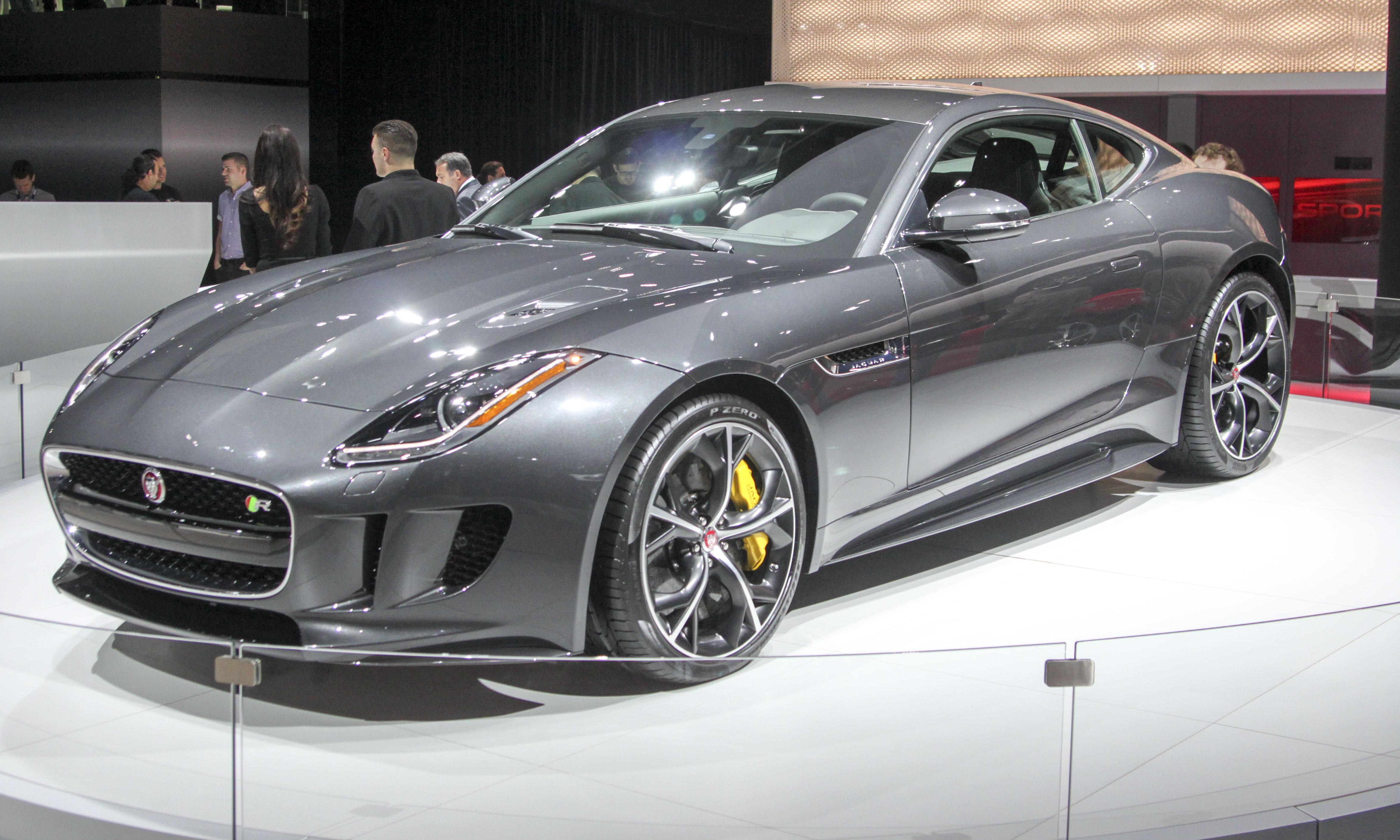 Jaguar_F-TYPE_AWD