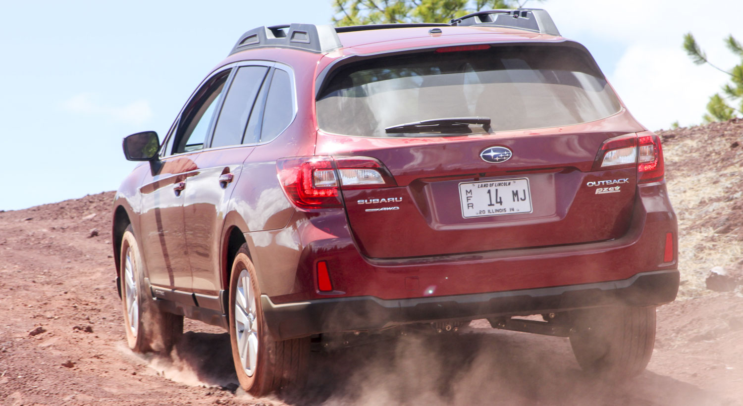 2015 Subaru Outback (c) Perry Stern