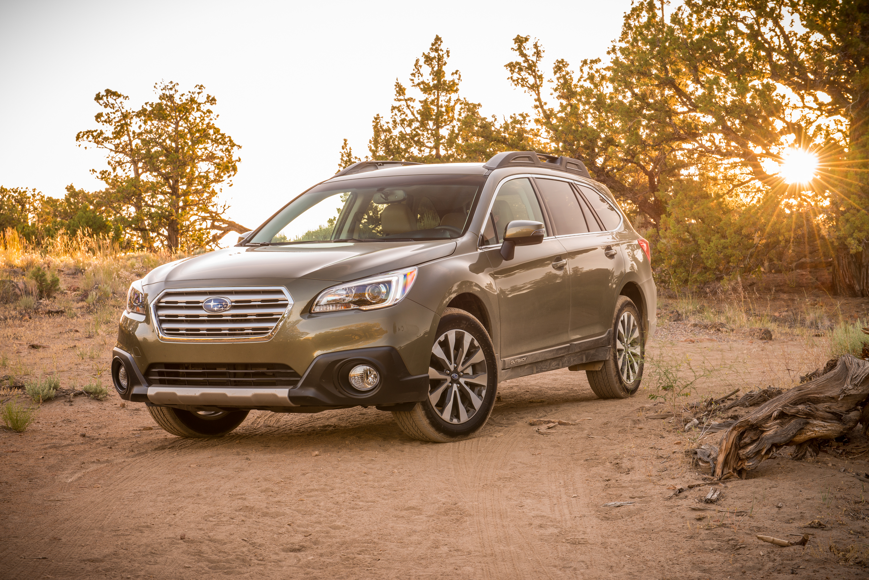 2015 Subaru Outback (c) Subaru