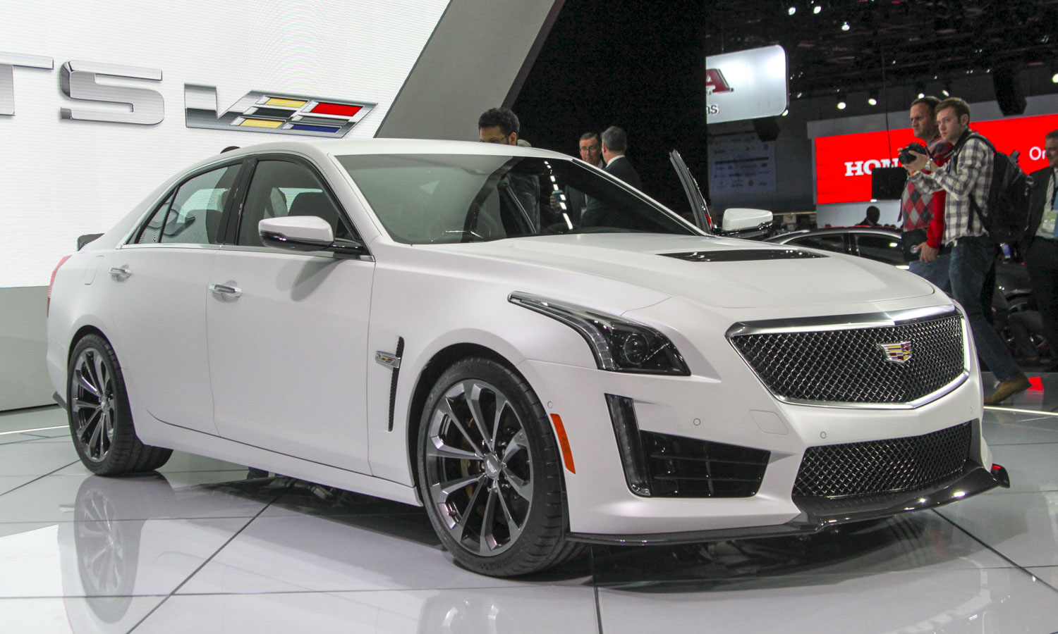 Cadillac CTS-V (c) Perry Stern