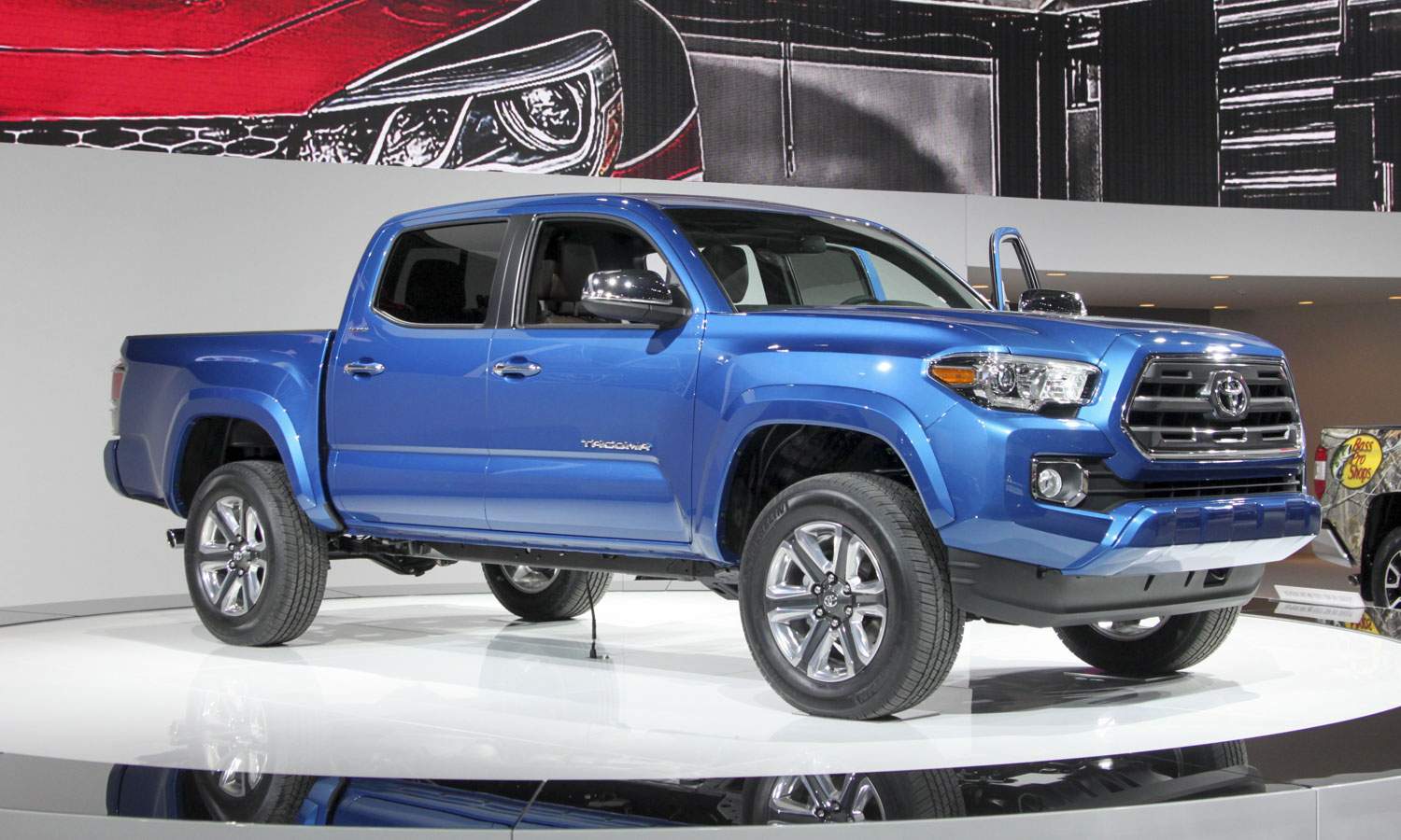 2016 Toyota Tacoma (c) Perry Stern