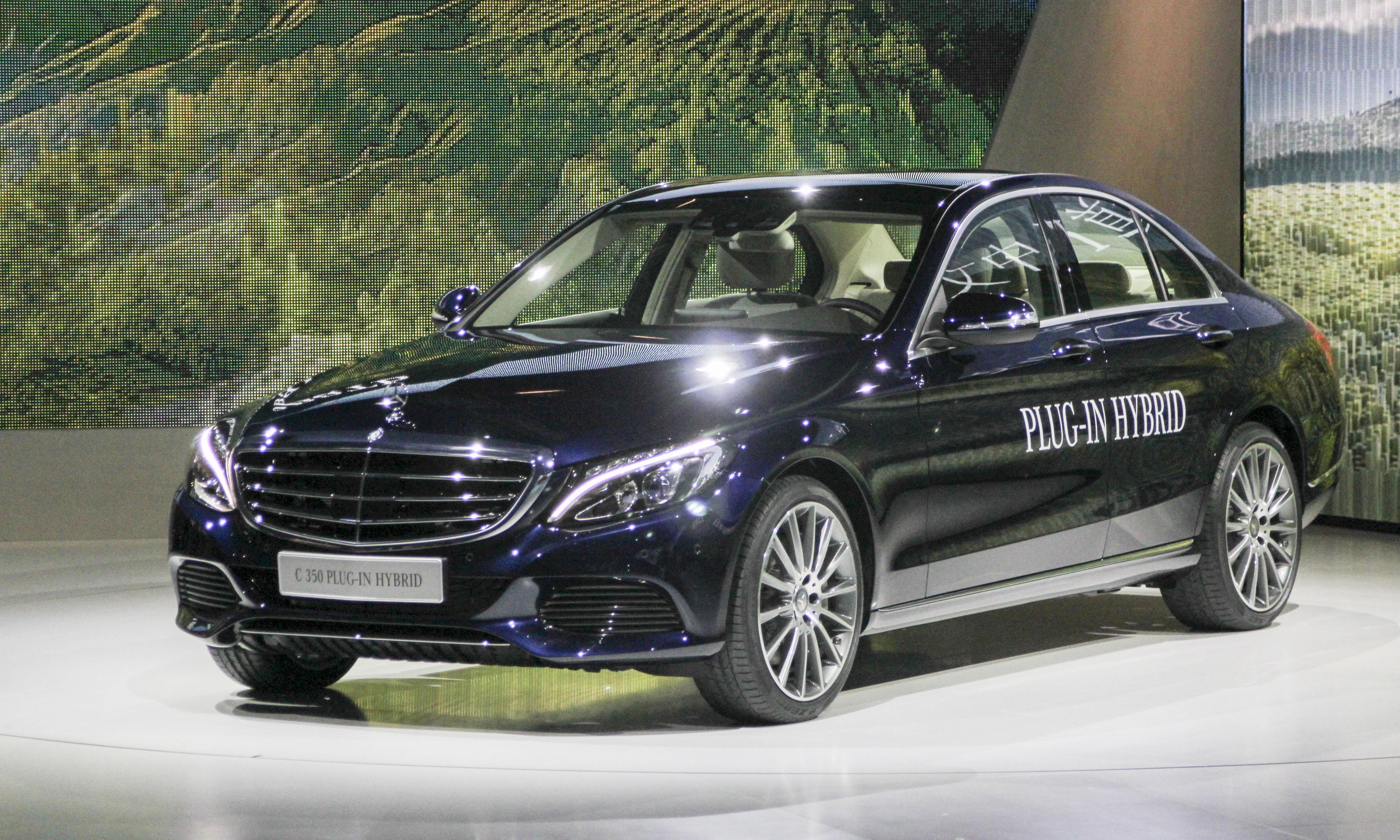 Mercedes-Benz C350 Plug-In Hybrid (c) Perry Stern