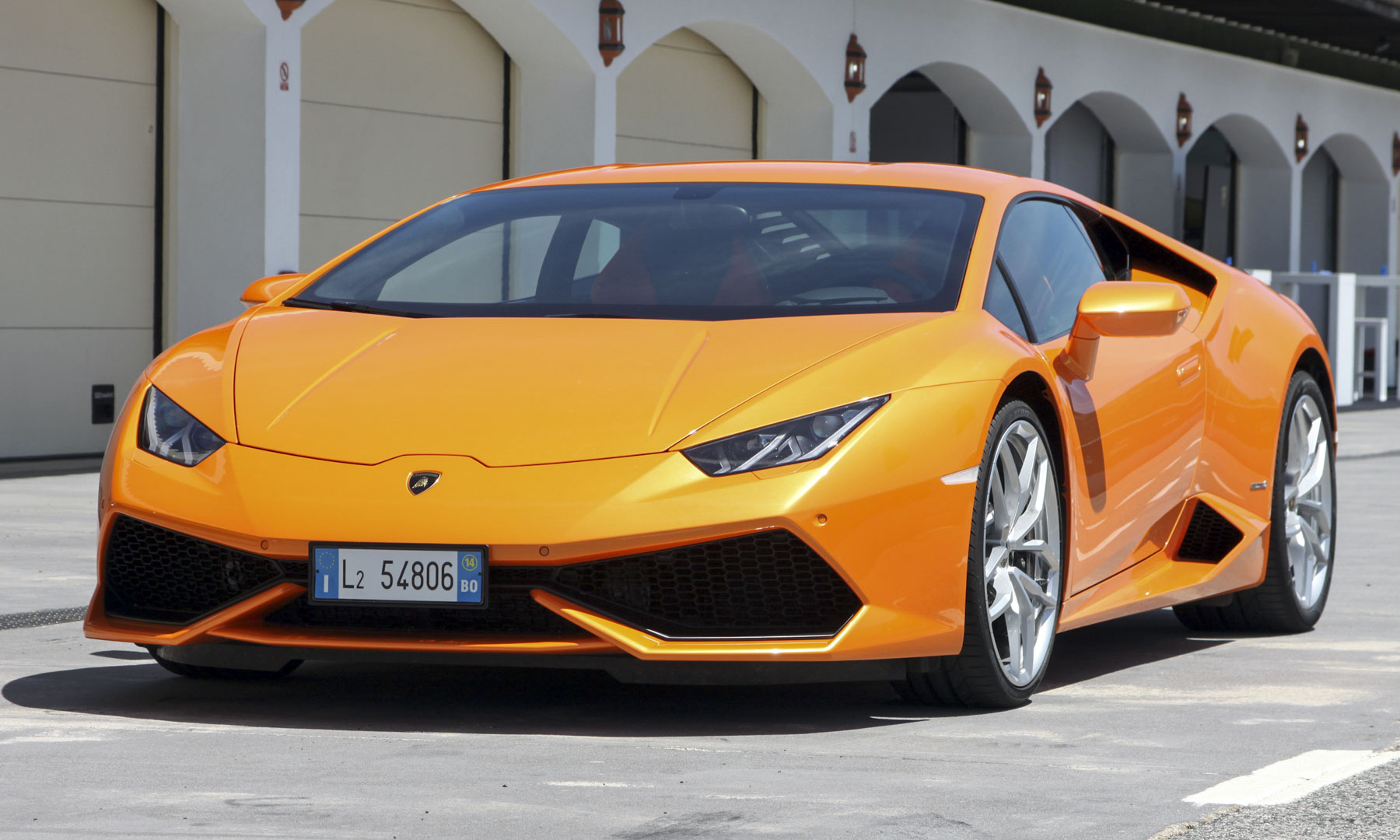2015 lamborghini huracan review autonxt. Black Bedroom Furniture Sets. Home Design Ideas