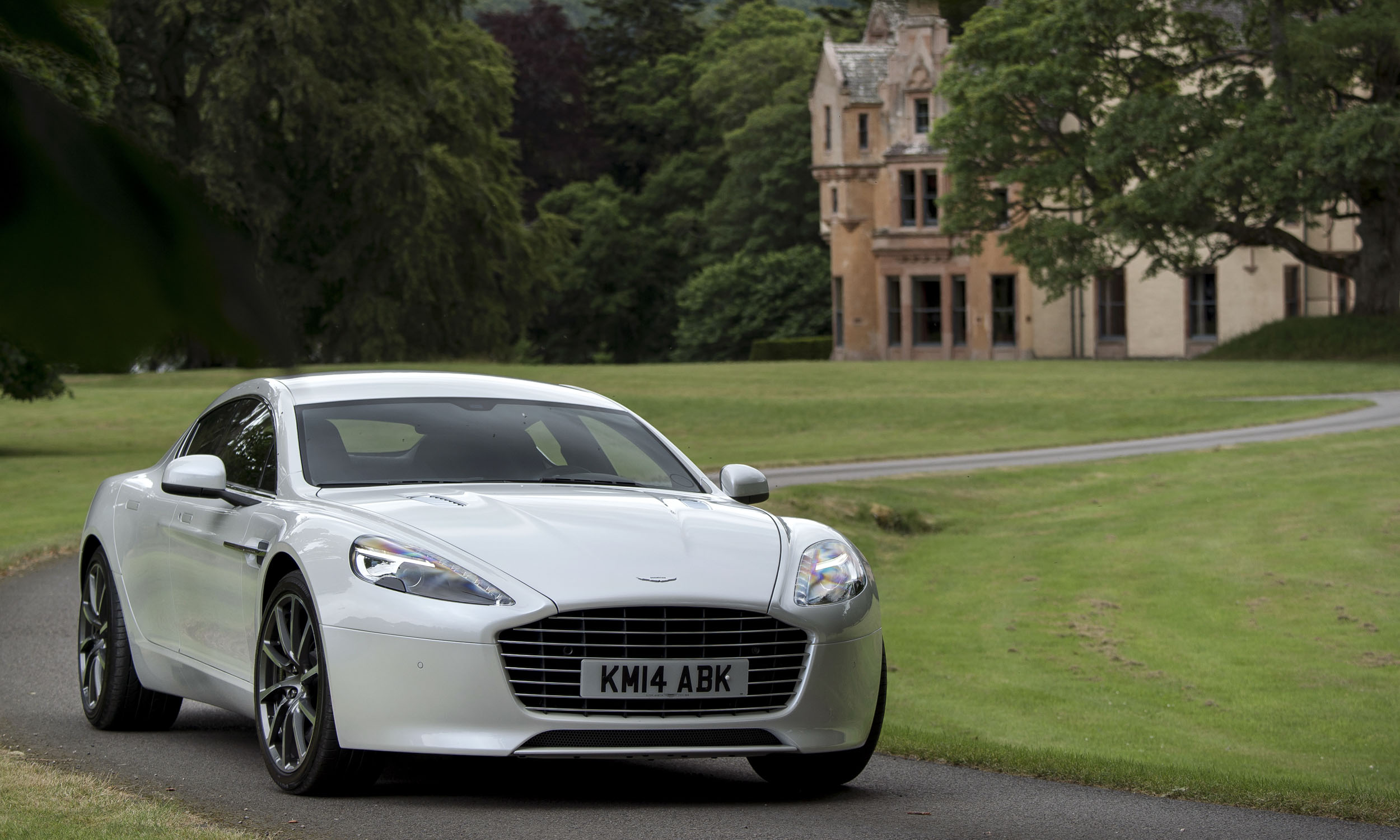 Luxury for Any Budget - » AutoNXT