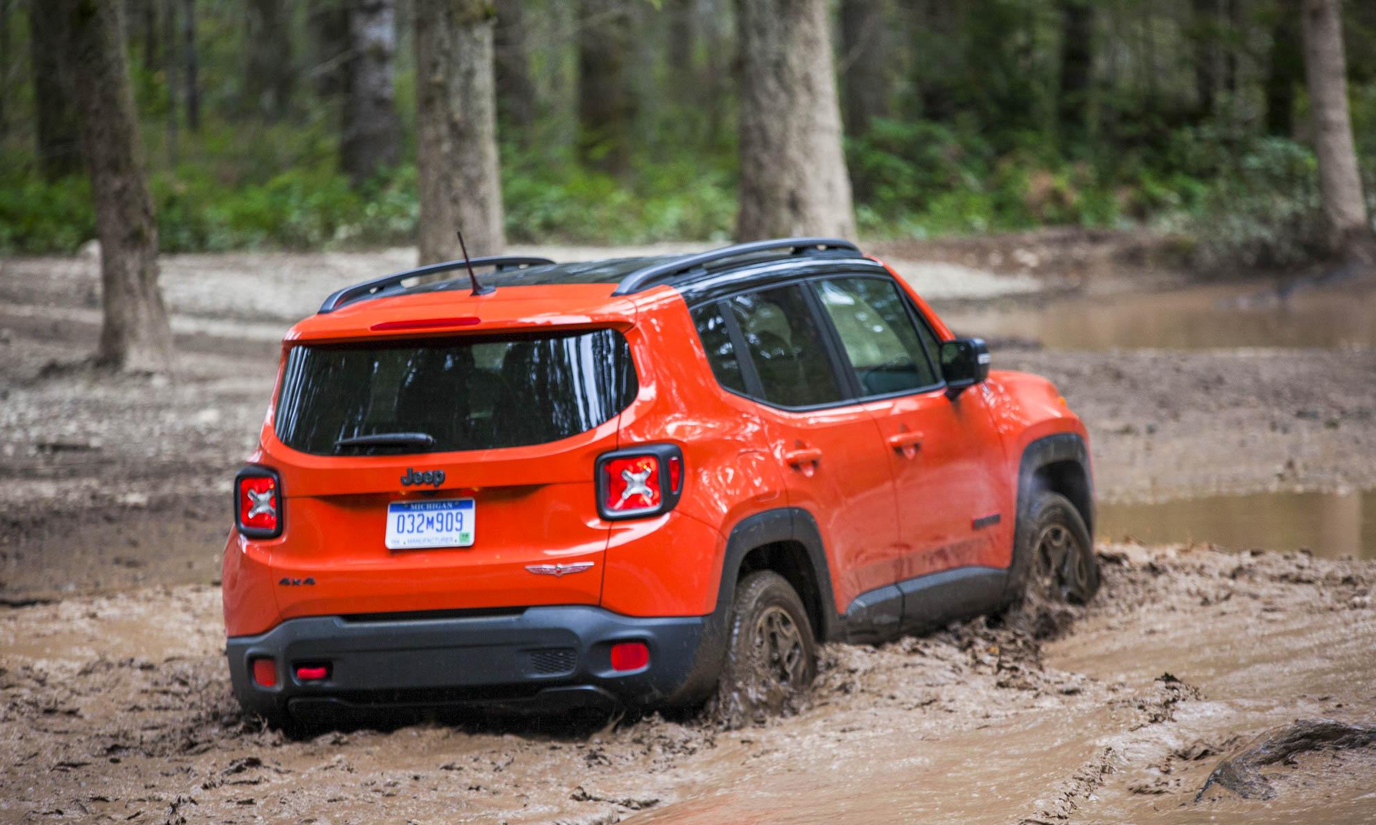 © Northwest Automotive Press Association
