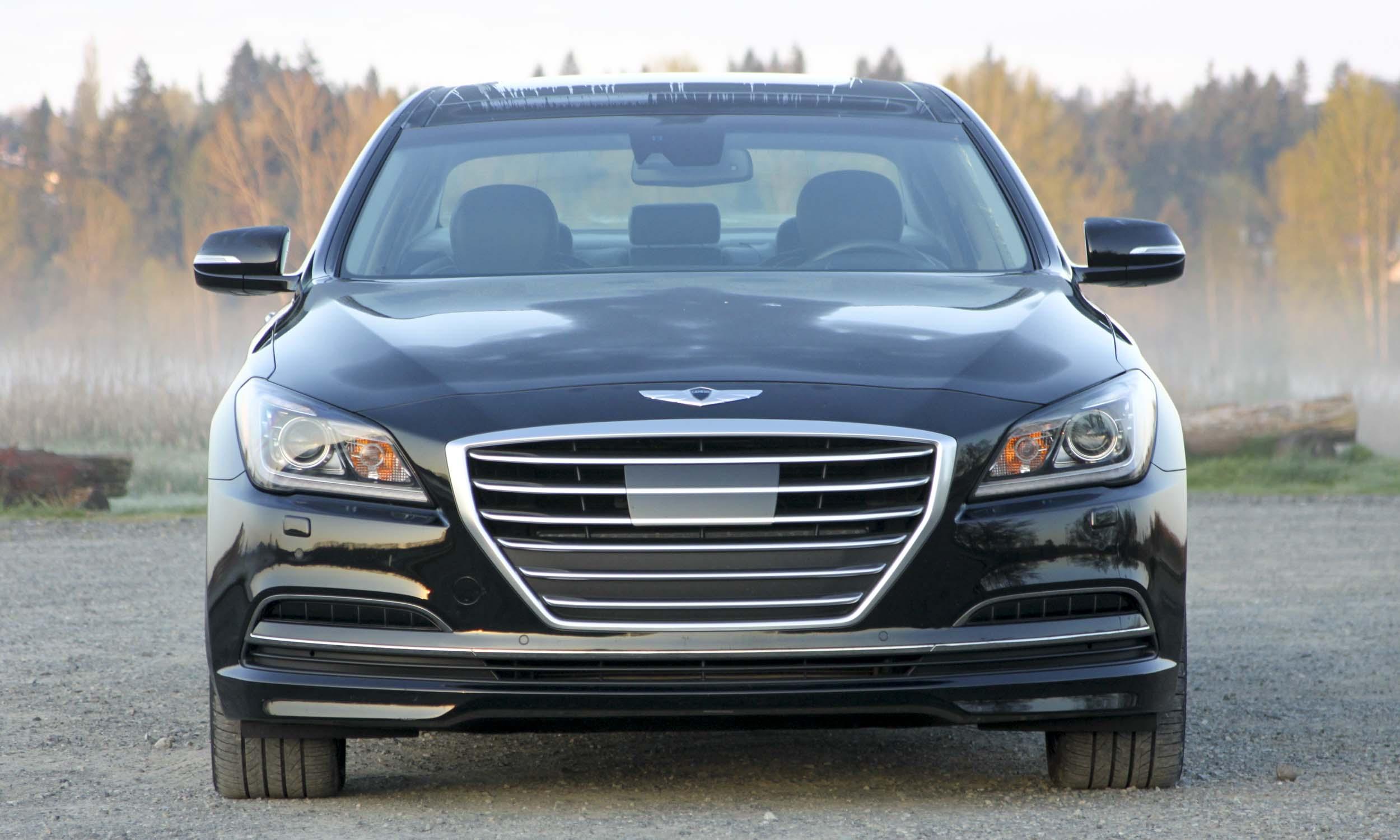 2015 Hyundai Genesis24