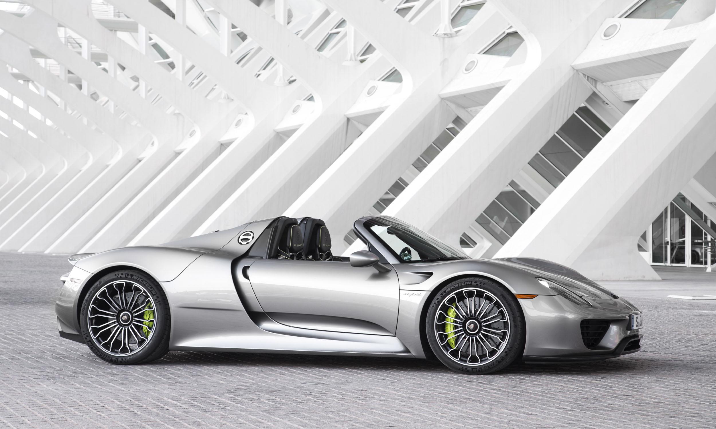 © Porsche Cars North America