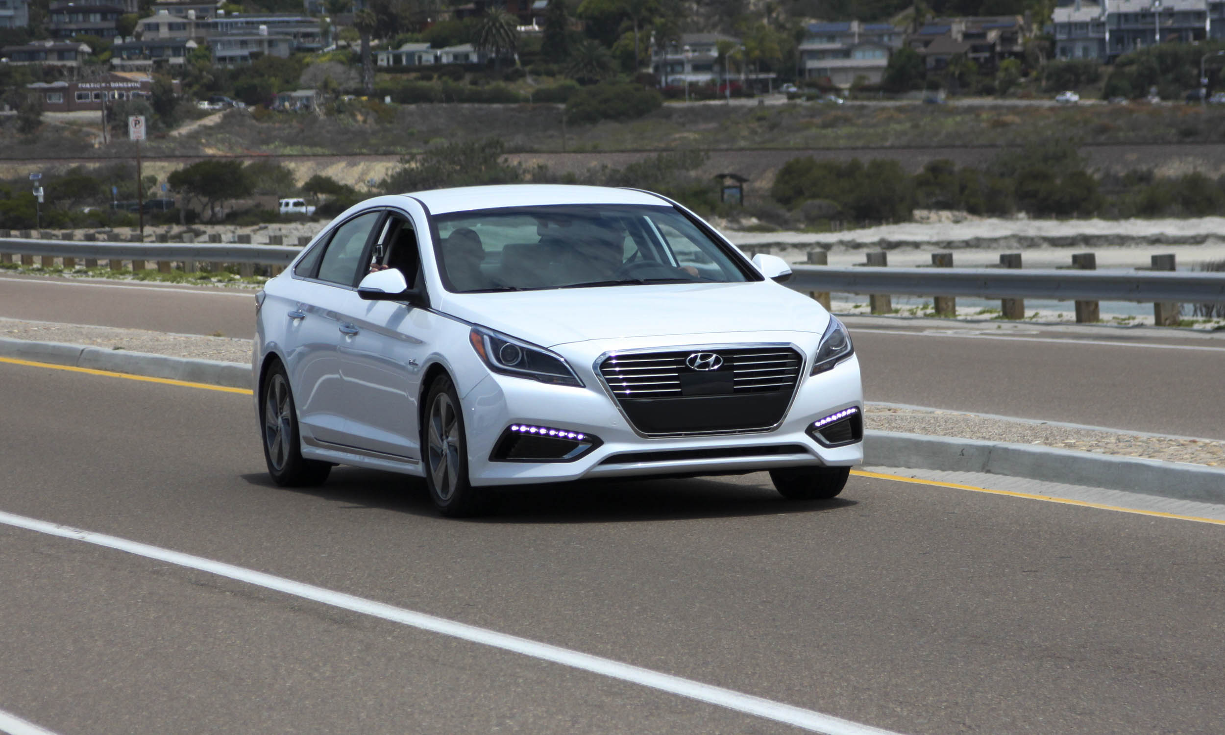 in drive auto expert rsf sonata our plug test hybrid hyundai