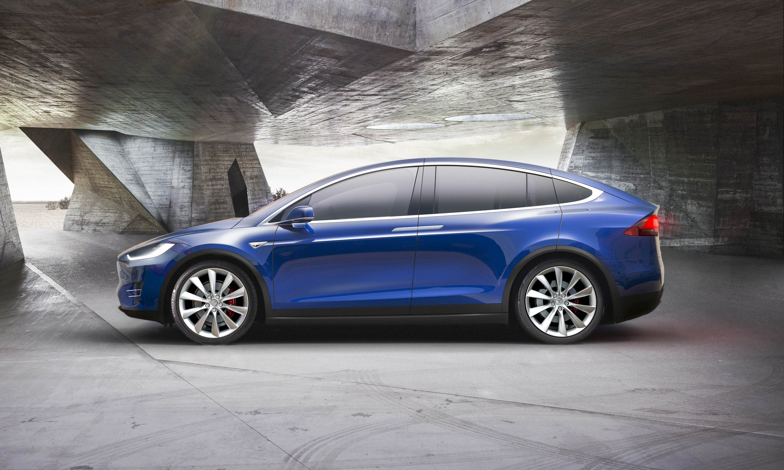 Tesla Model X: First Look - » AutoNXT
