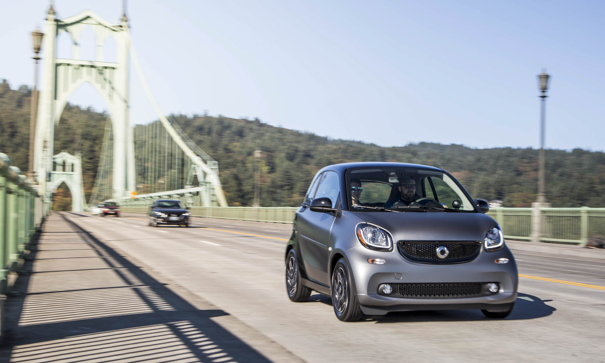 2016 smart fortwo first drive review autonxt for Mercedes benz downtown portland