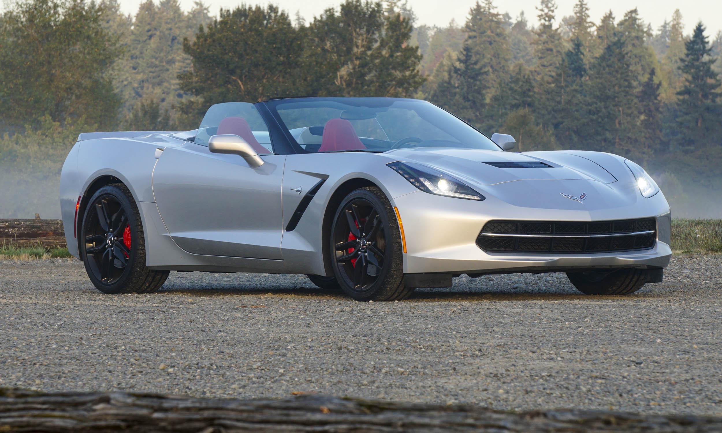 2015 chevrolet corvette stingray convertible review autonxt. Black Bedroom Furniture Sets. Home Design Ideas