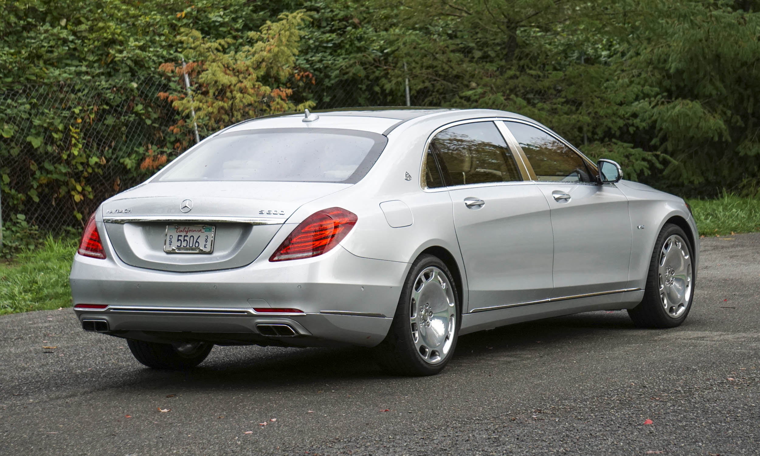 2016 mercedes maybach s600 review autonxt for Mercedes benz s600 coupe