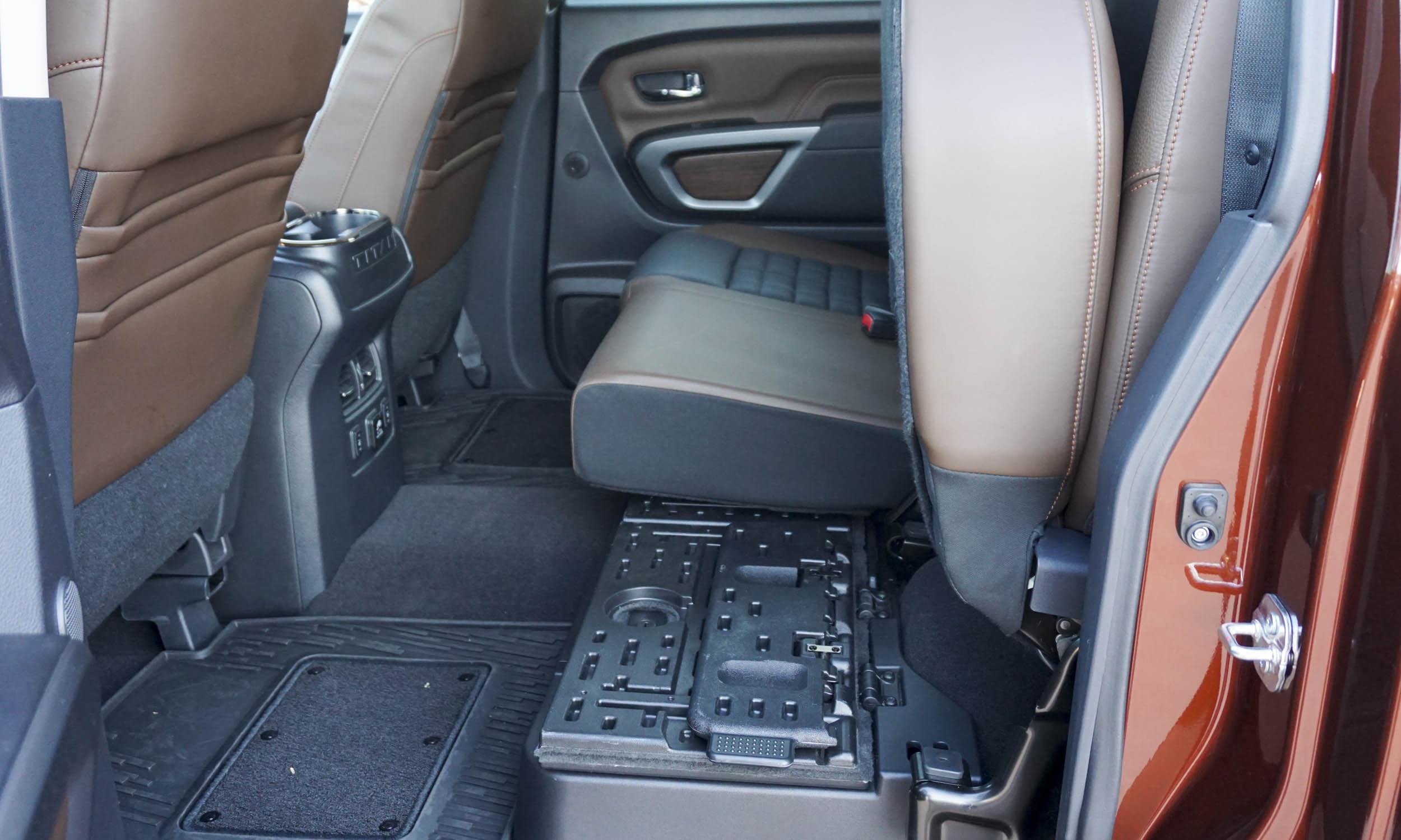 2016 Nissan Titan XD26