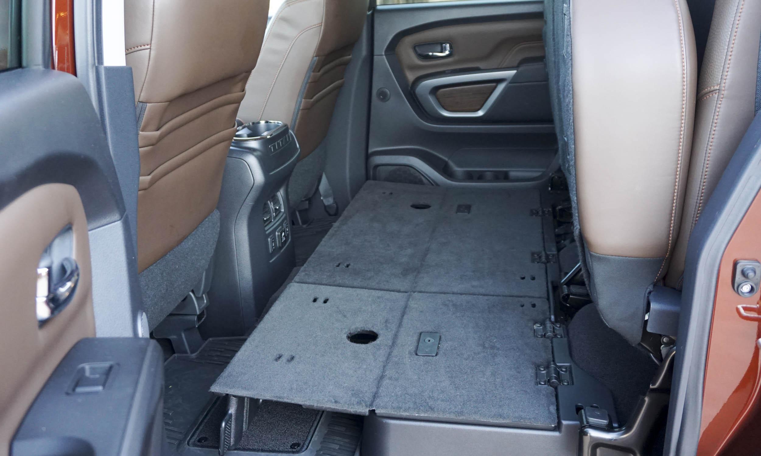 2016 Nissan Titan XD27