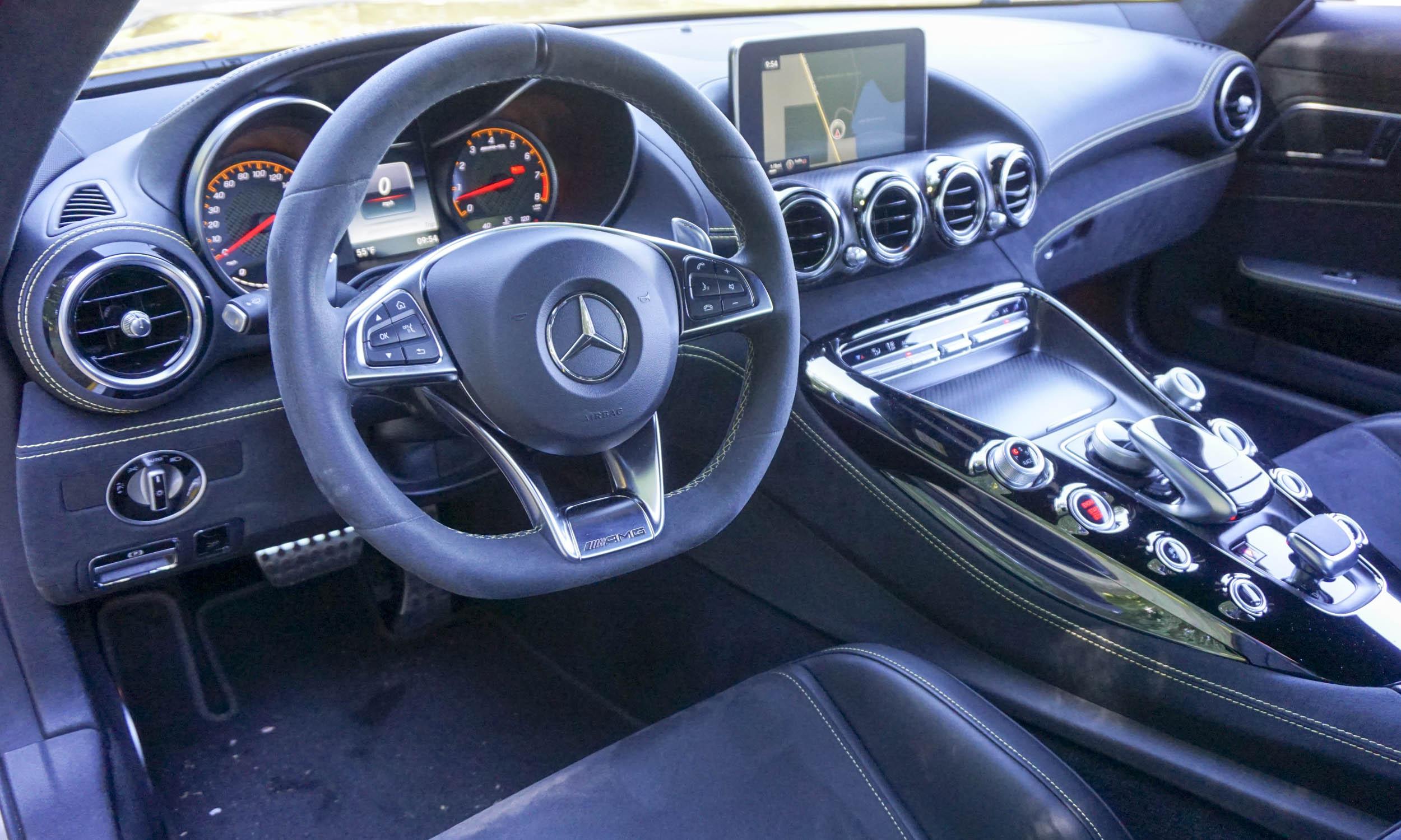 2016 mercedes amg gt s review autonxt rh autonxt net Manual Mercedes Clutch 1994 Mercedes E320 Manual