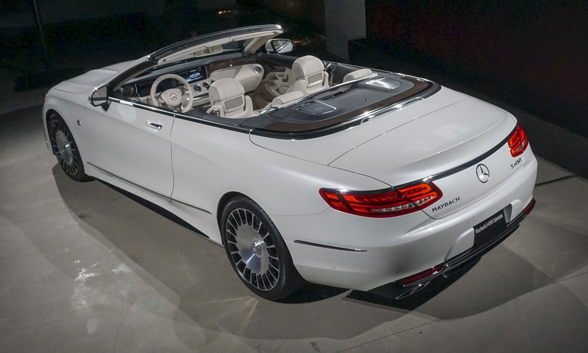 2018 mercedes maybach s650 cabriolet first look autonxt for Drop top mercedes benz