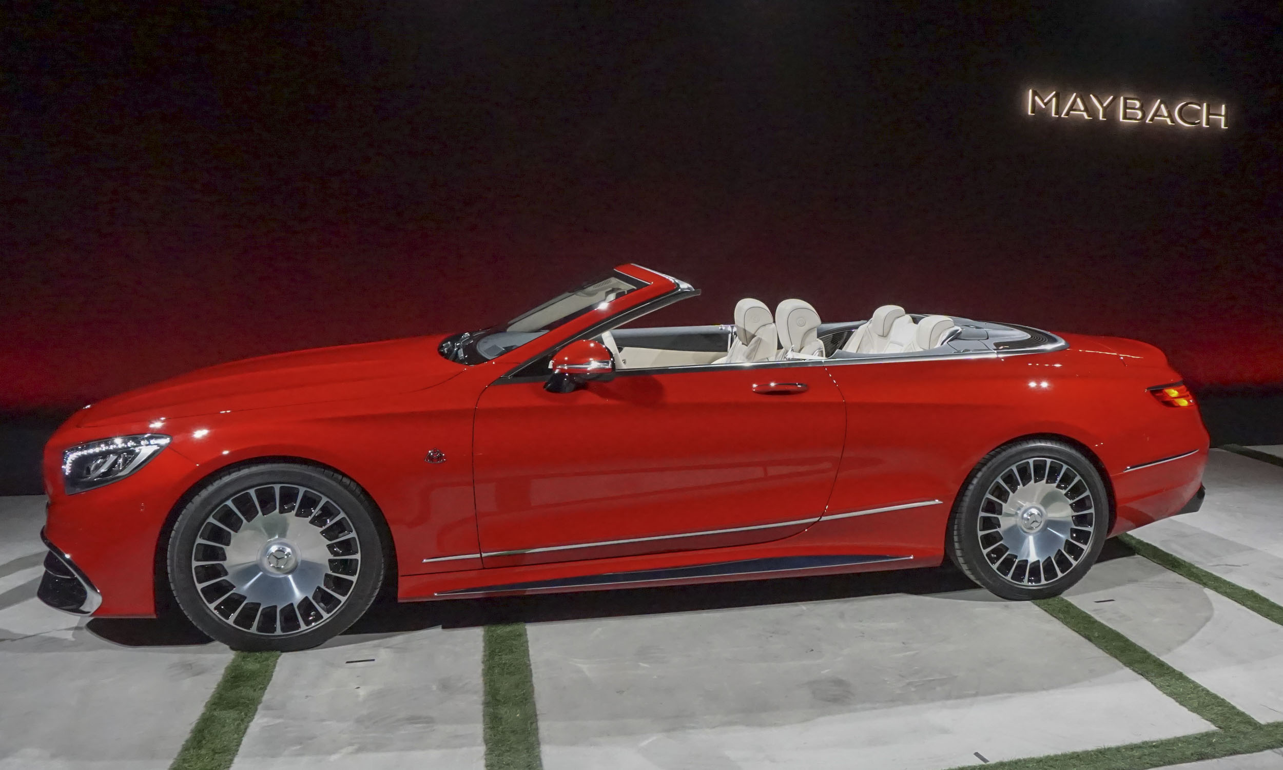 2018 mercedes maybach s650 cabriolet first look autonxt for Mercedes benz maybach cabriolet