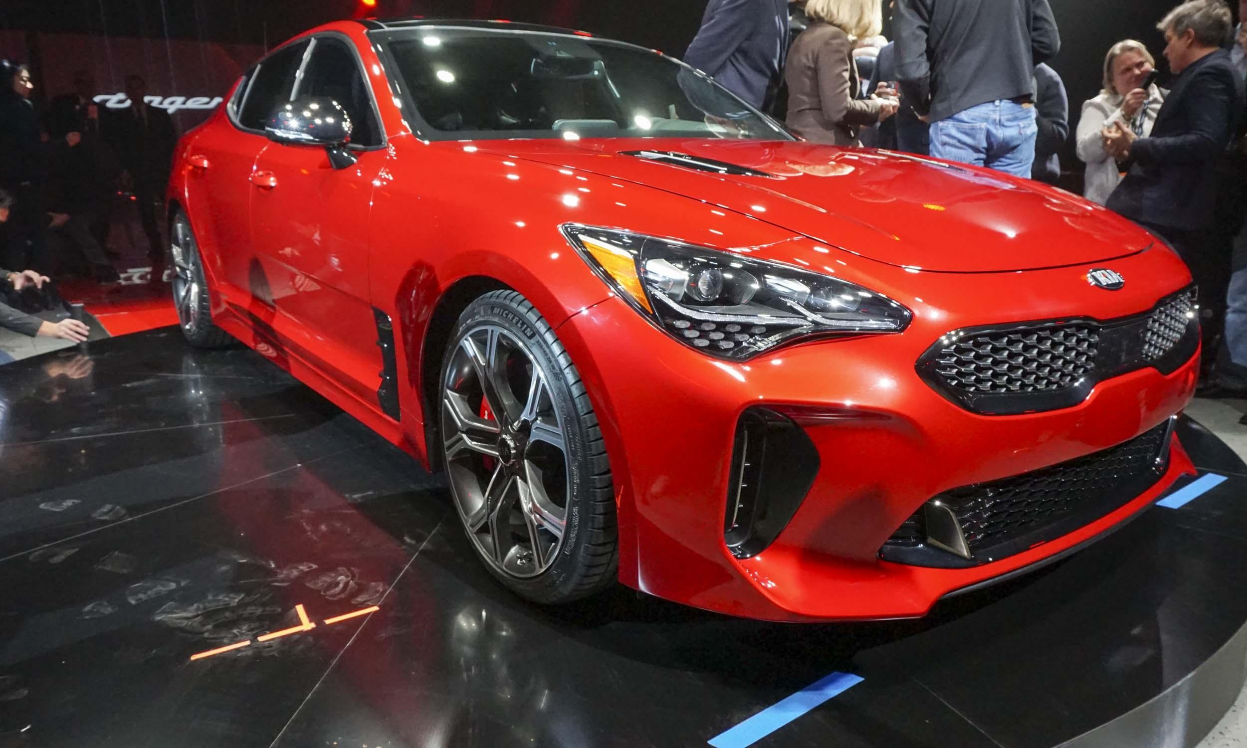 Detroit Auto Show Kia Stinger AutoNXT - Kia car show