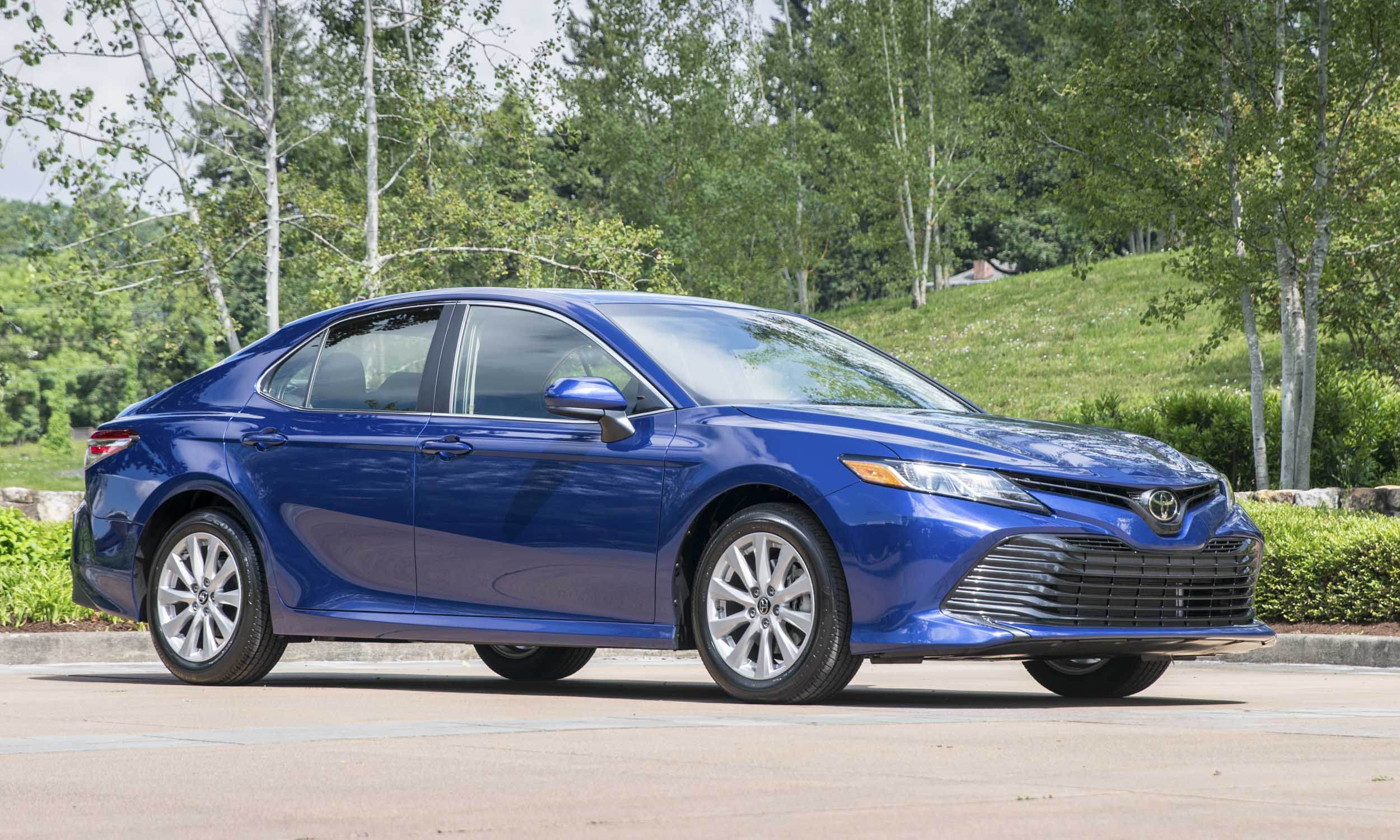 2018 toyota camry first drive review autonxt. Black Bedroom Furniture Sets. Home Design Ideas