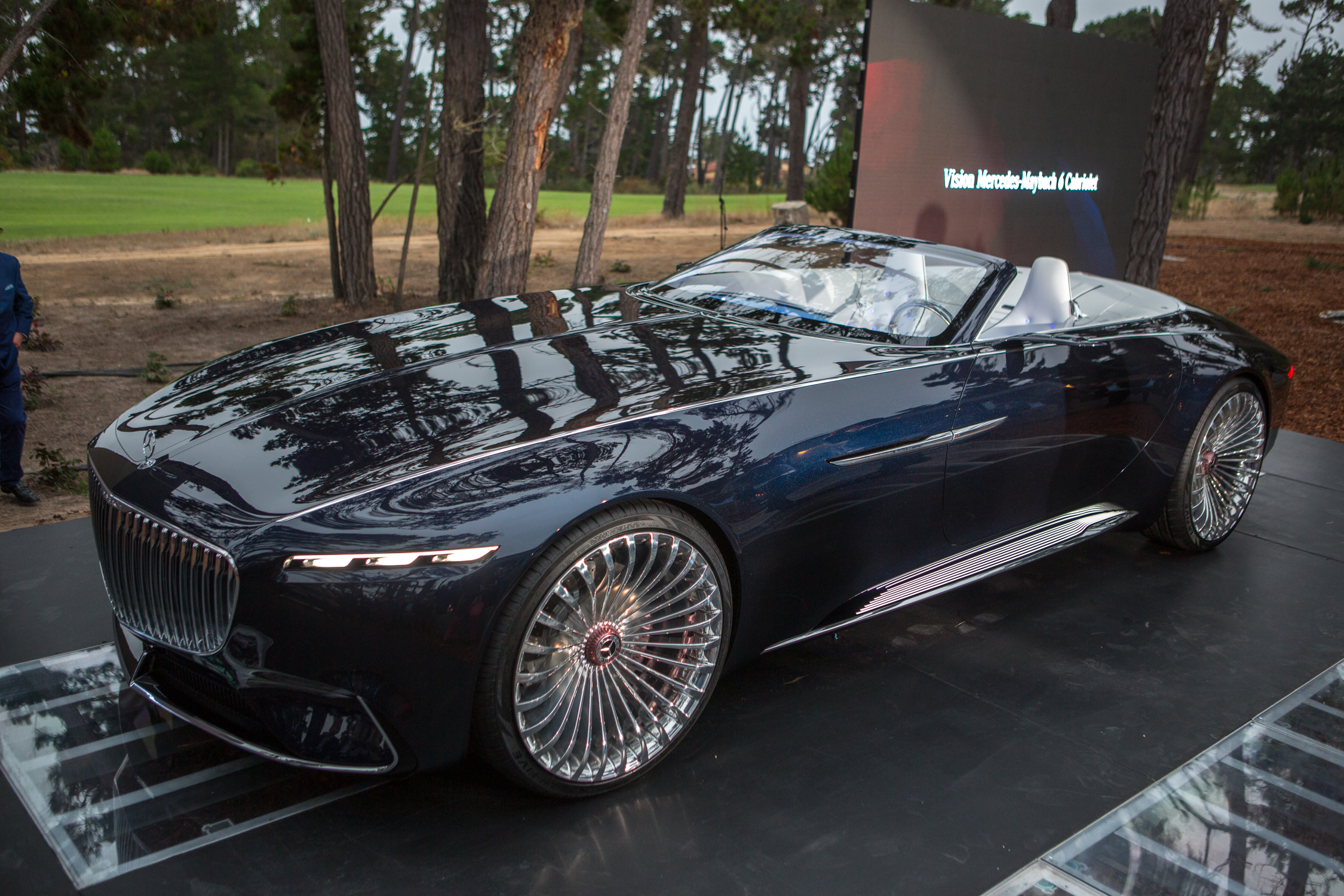 2017 Pebble Beach Concours: Vision Mercedes-Maybach 6 Cabriolet ...
