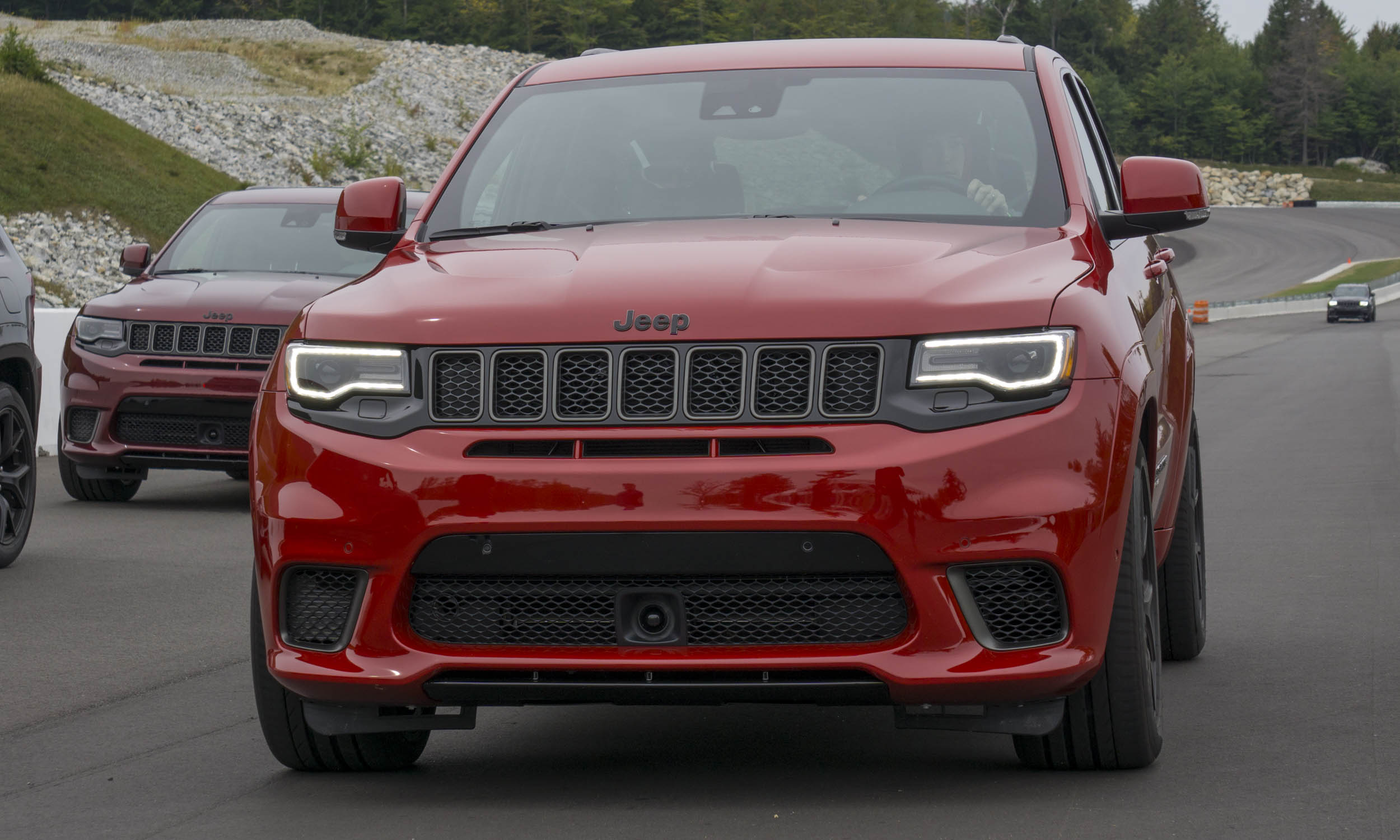 2018 jeep grand cherokee trackhawk first drive review autonxt. Black Bedroom Furniture Sets. Home Design Ideas