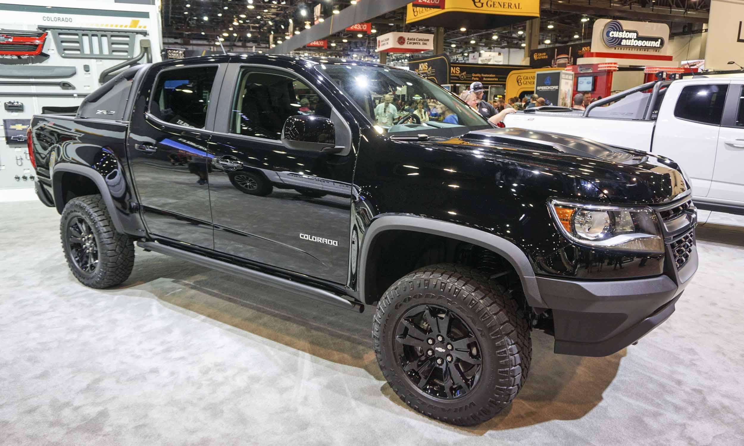 Chevy Colorado Midnight Edition >> 2017 SEMA: Chevrolet Performance - » AutoNXT