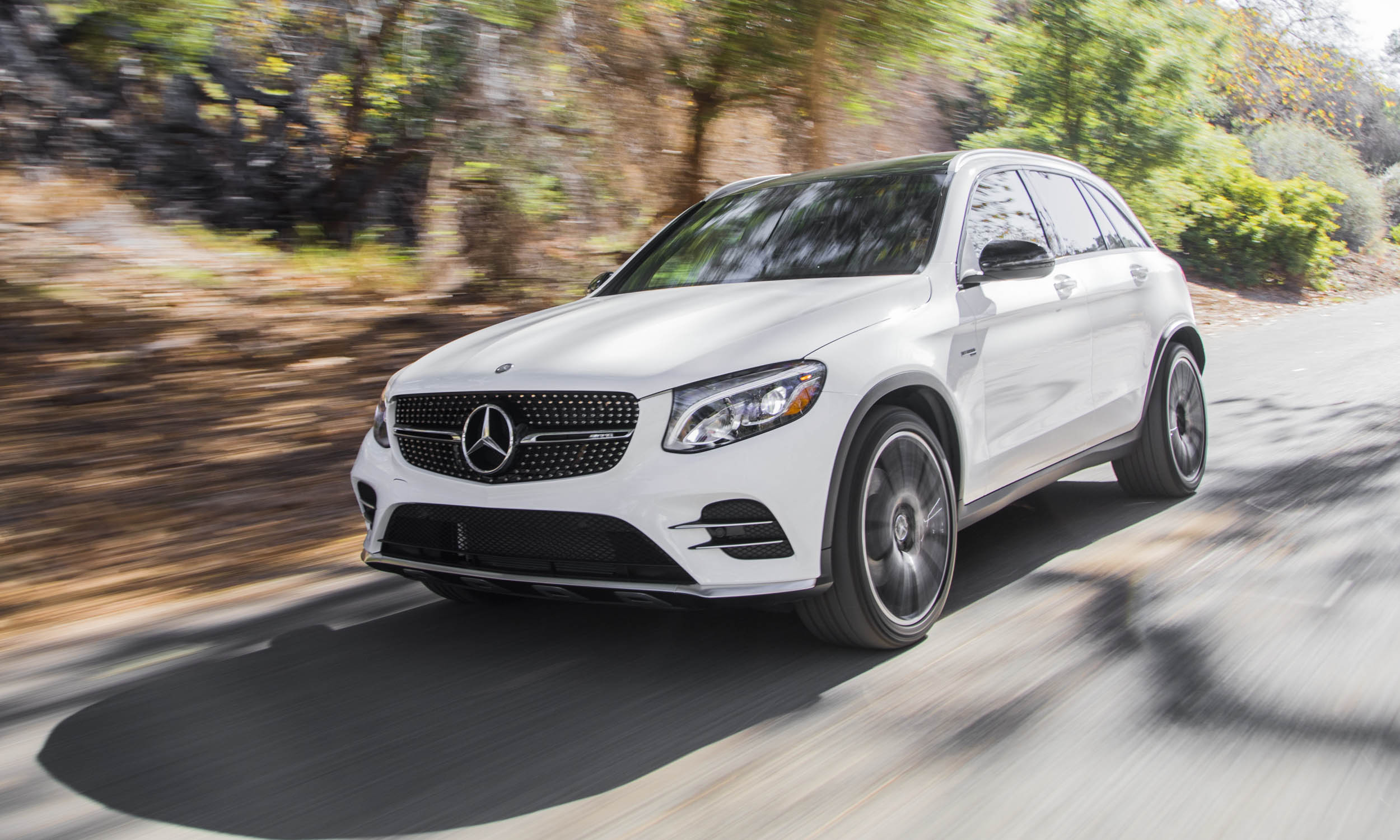 Safest cars in america autonxt for Www mercedes benz usa