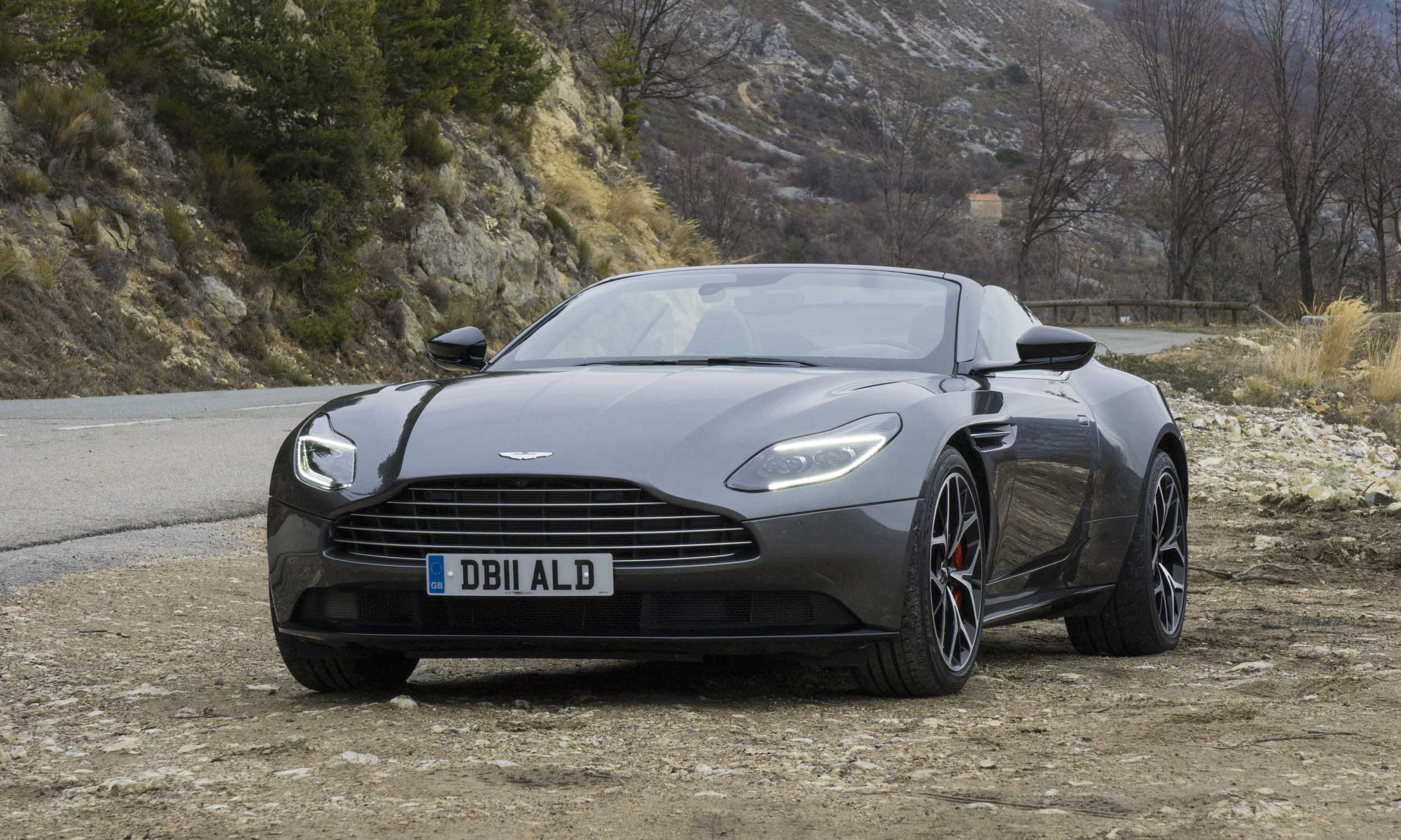 2019 Aston Martin Db11 Volante First Drive Review Autonxt