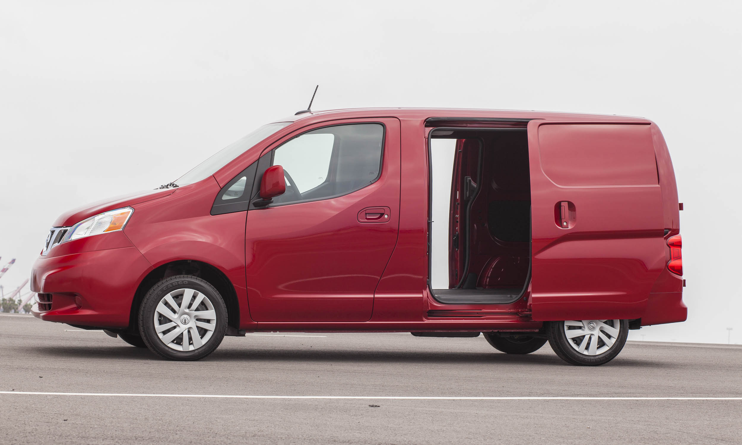 best vans for small businesses autonxt. Black Bedroom Furniture Sets. Home Design Ideas