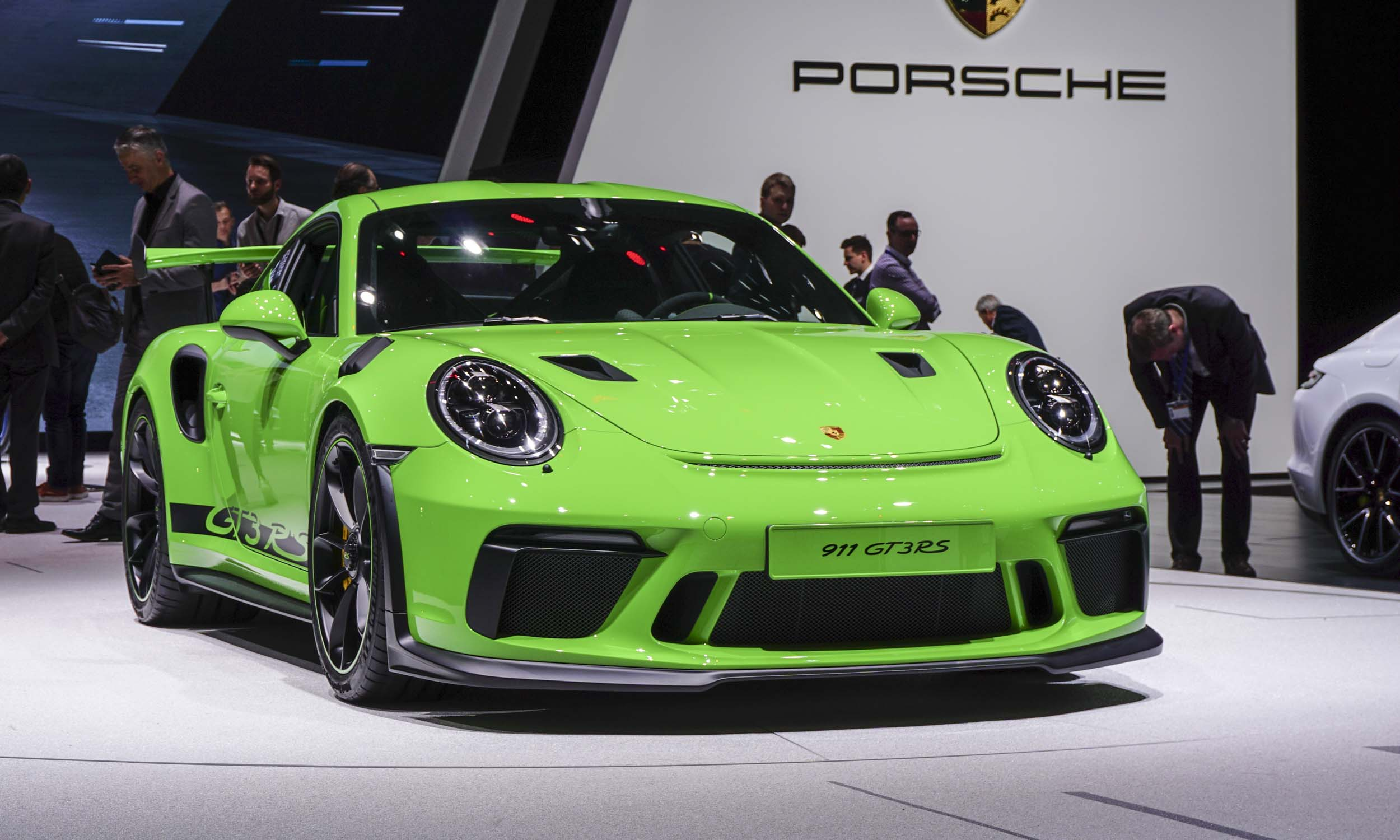 2018 geneva motor show 2019 porsche 911 gt3 rs autonxt. Black Bedroom Furniture Sets. Home Design Ideas