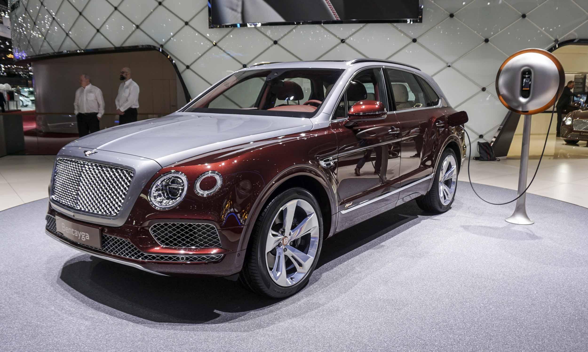 2018 geneva motor show luxury cars autonxt. Black Bedroom Furniture Sets. Home Design Ideas
