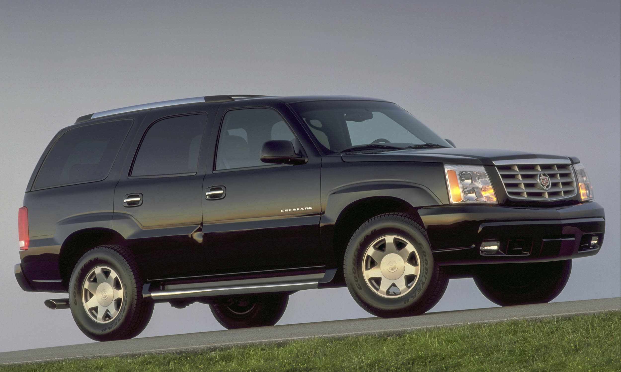 Autocontentexp Com Cadillac Escalade A Ee D A B A A on Cadillac V8 Mid Engine 911
