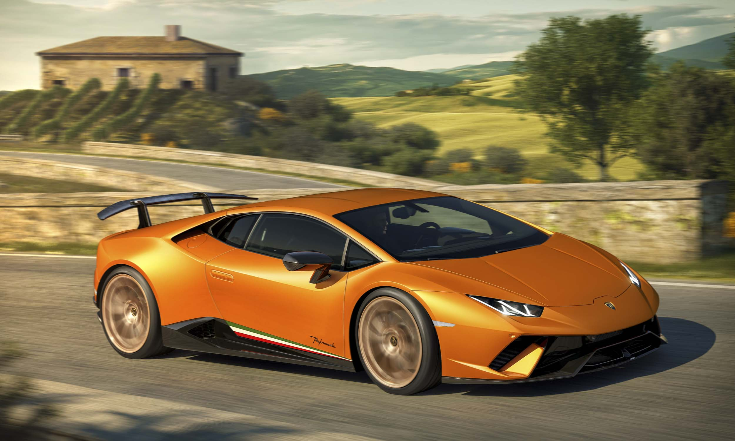 © Automobili Lamborghini, S.p.A.