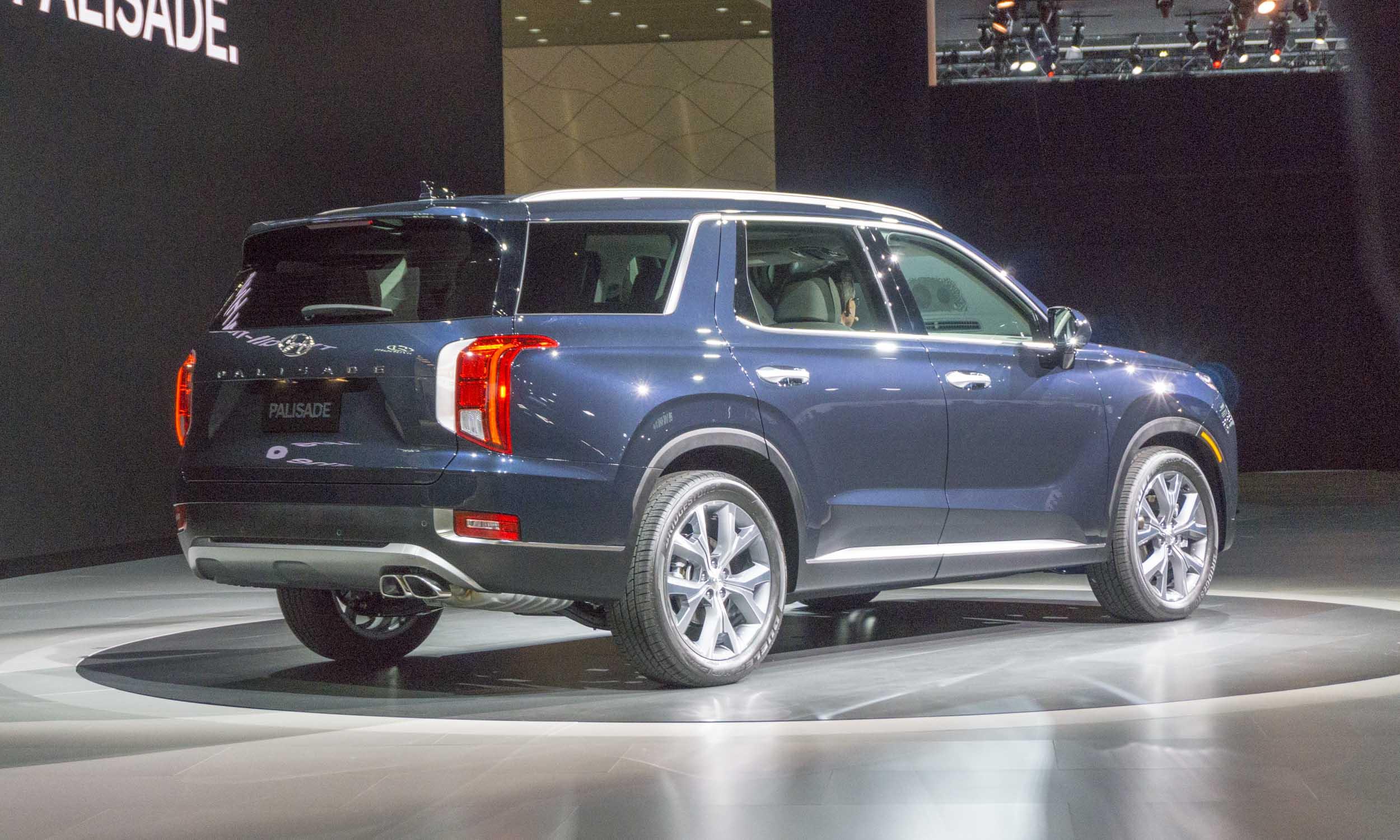 3 Row Seating Suv >> 2018 L.A. Auto Show: 2020 Hyundai Palisade Rocks L.A. - » AutoNXT