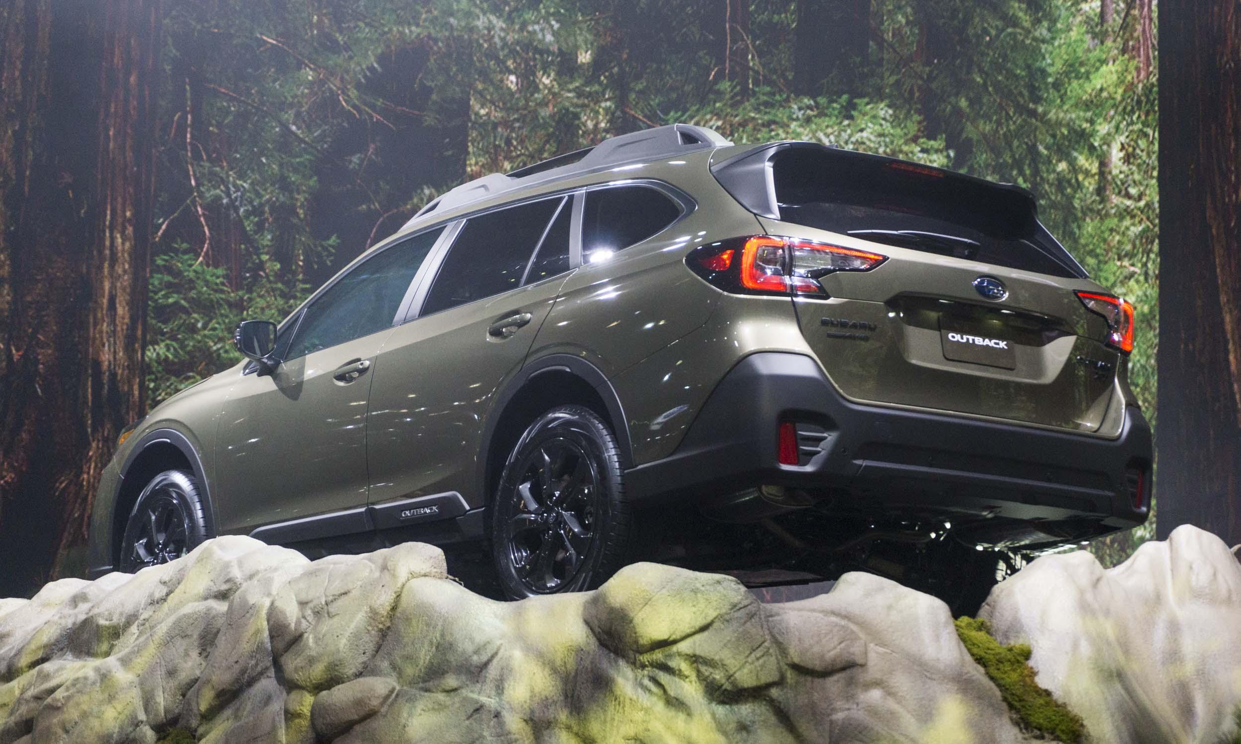 2019 new york auto show  2020 subaru outback