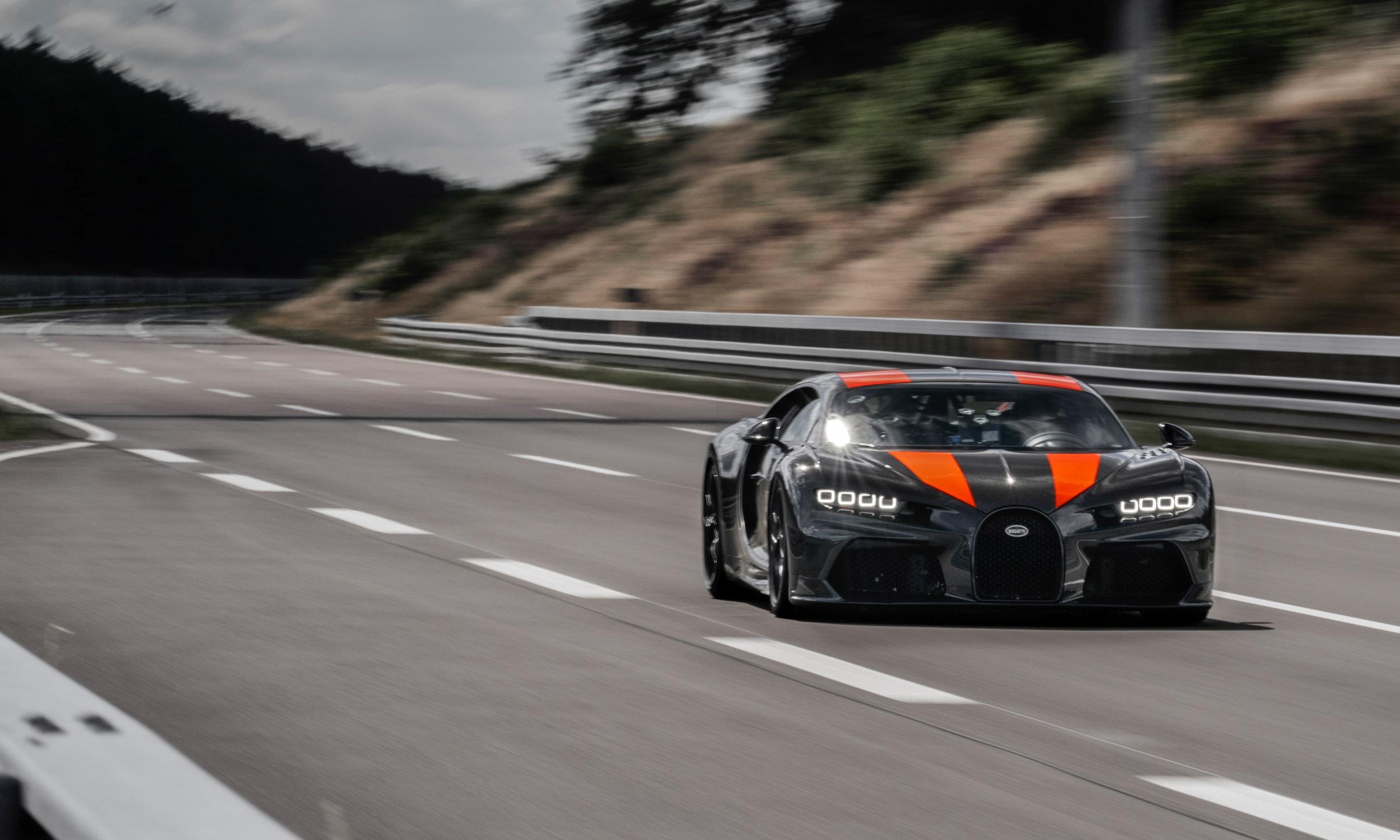 Bugatti Chiron Breaks 300 MPH Barrier - » AutoNXT