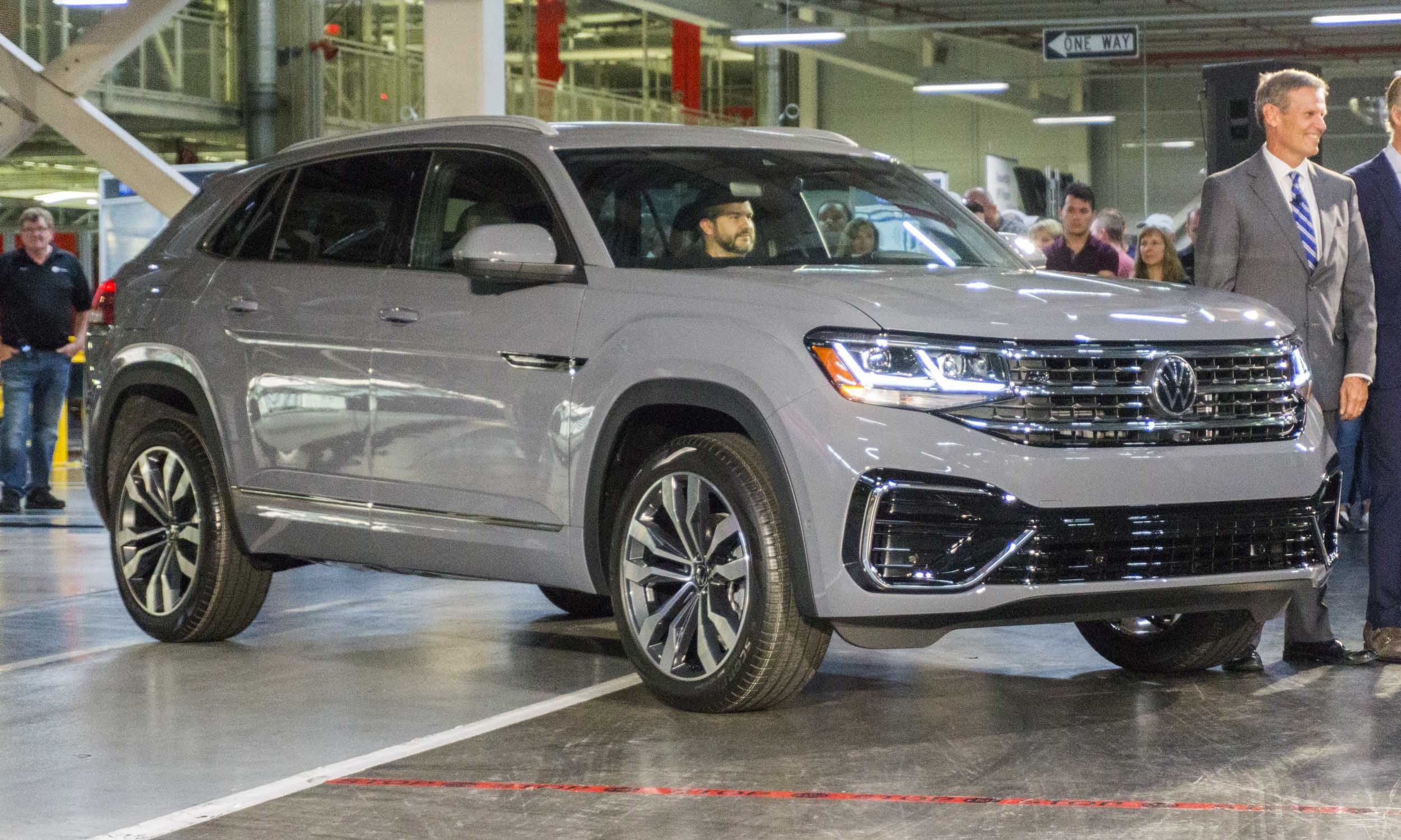 2020 Volkswagen Atlas Cross Sport First Look Autonxt