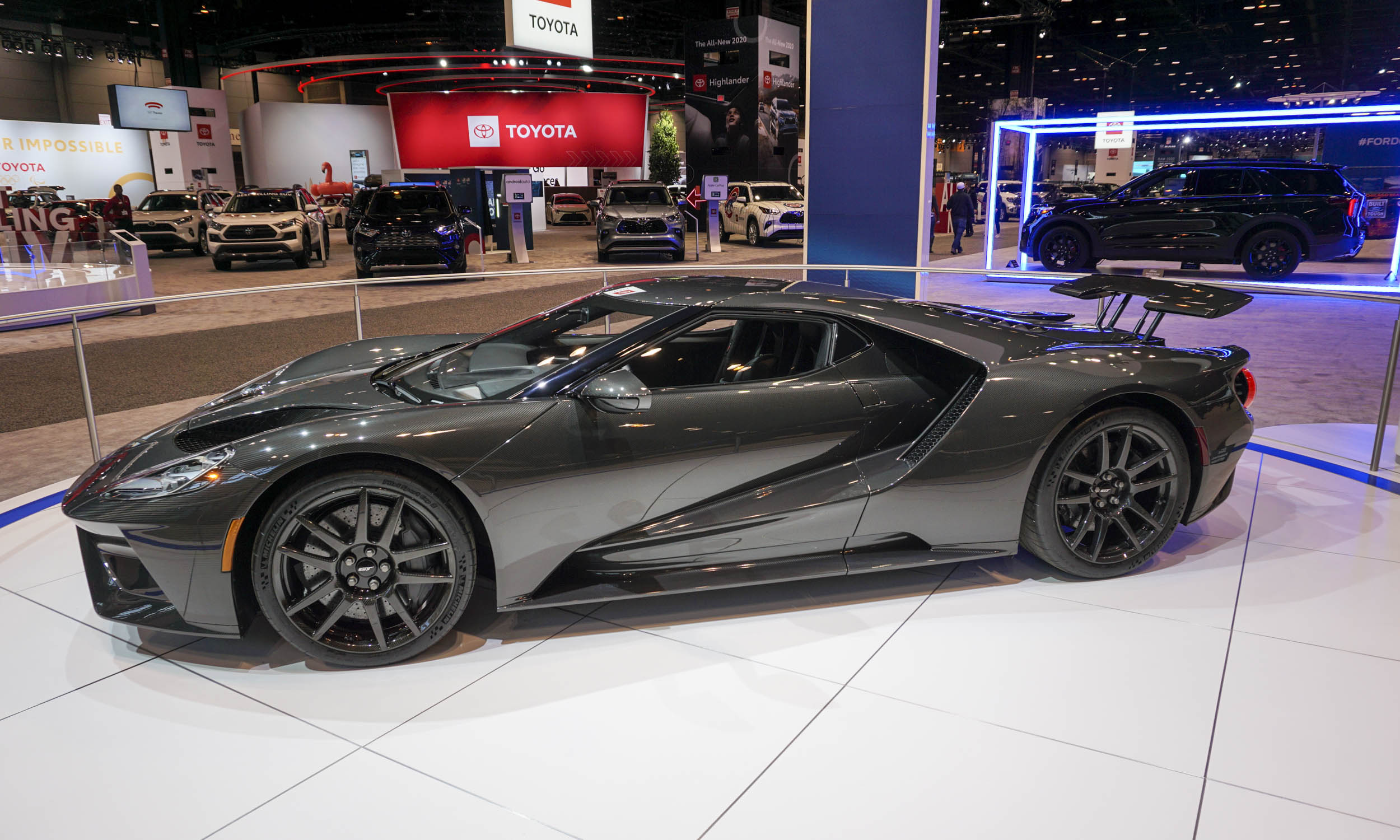 2020 Ford GT ups horsepower to 660, offers $750,000 Liquid