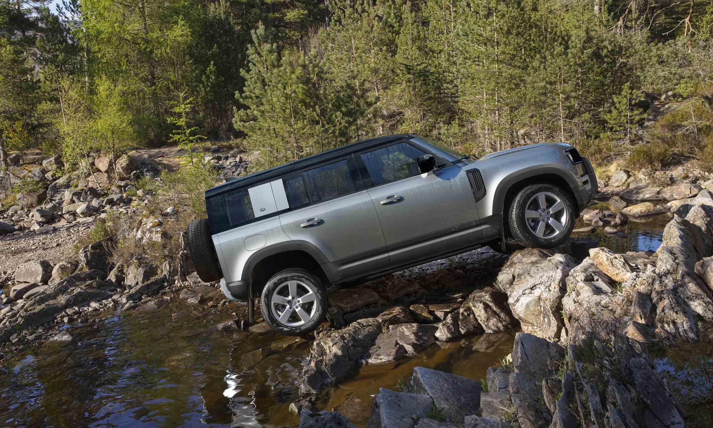 Eiger Gray Defender / Land Rover Defender Rusnak Auto ...